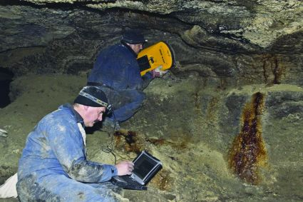 Using VIY3 ground penetrating radar in caves