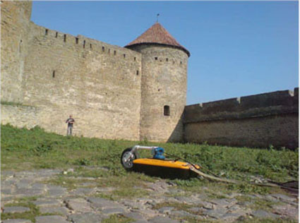 Archaeological exploration wih VIY3 ground penetrating radar