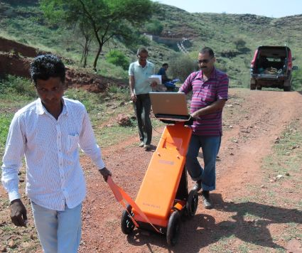 Using VIY3 ground penetrating radar for road service